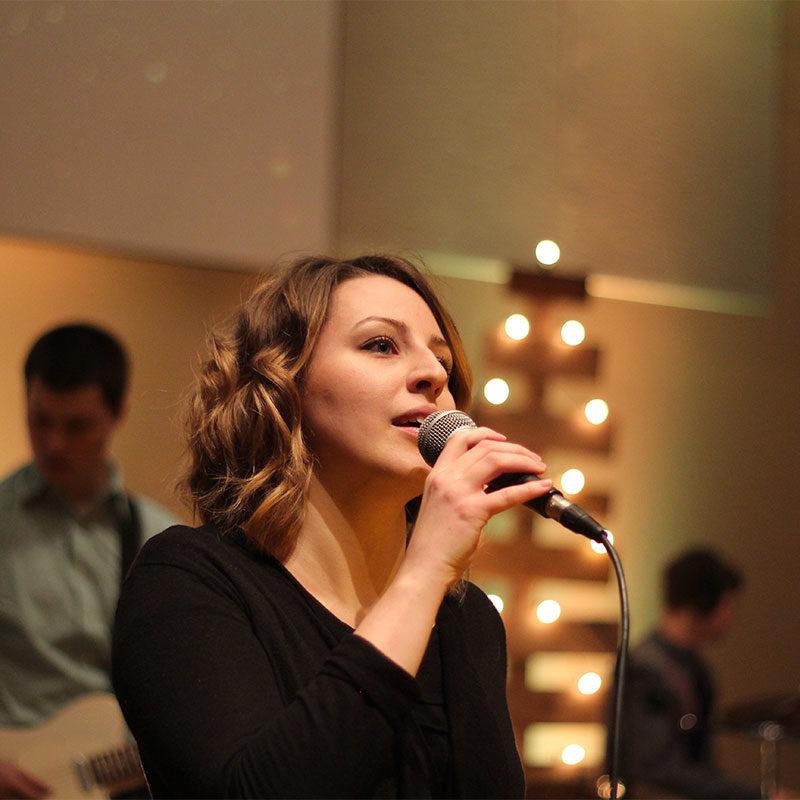 rhonda-singing